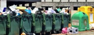 San Borondón advierte que hoteles de Playa Blanca quieren emprender acciones legales contra el Ayuntamiento por no recoger la basura