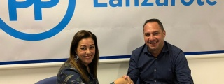 Juan Monzón y una treintena de compañeros de Yaiza formalizan su incorporación al proyecto del Partido Popular