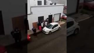 OTRO VIDEO DE LA DETENCÍON DE UNA JOVEN EN ARRECIFE QUE SE HACE VIRAL